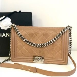 Chanel Le boy New Medium